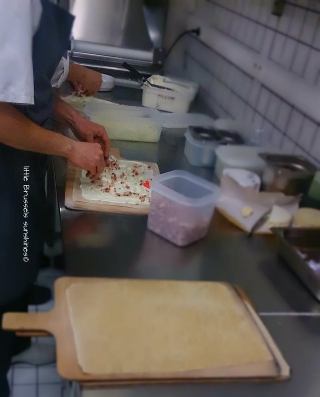 cooking tarte flambée